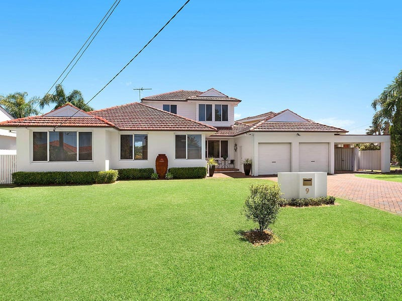9 Clarence Crescent, Sylvania Waters, NSW 2224
