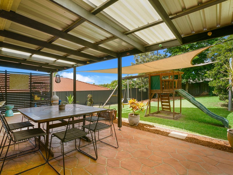 8 Motu Close, Pacific Pines, Qld 4211