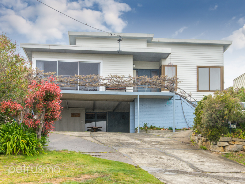 68 Kaoota Road, Rose Bay, Tas 7015