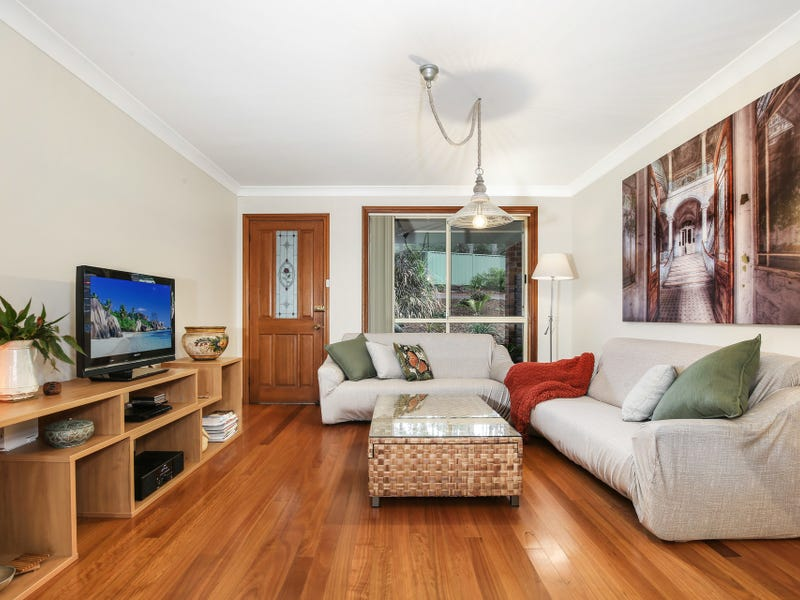 18/41-43 Robertson Street, Coniston, NSW 2500