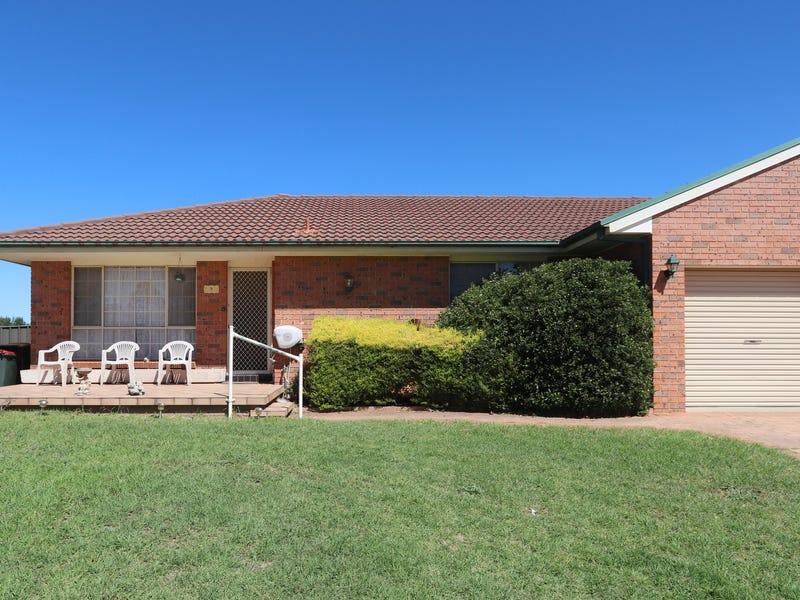 8 Parkside Place, Goulburn, NSW 2580