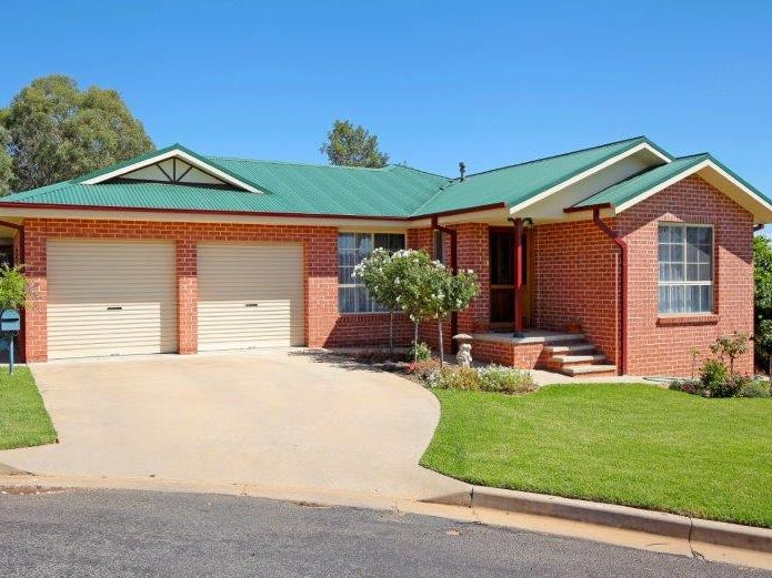 5 Pike Place, Junee, NSW 2663