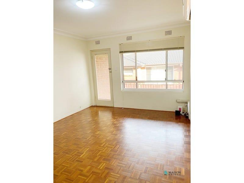 12/8 Bank Street, Meadowbank, NSW 2114