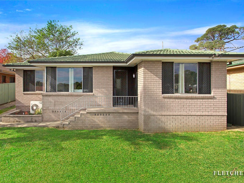 155 Lake Entrance Road, Barrack Heights, NSW 2528