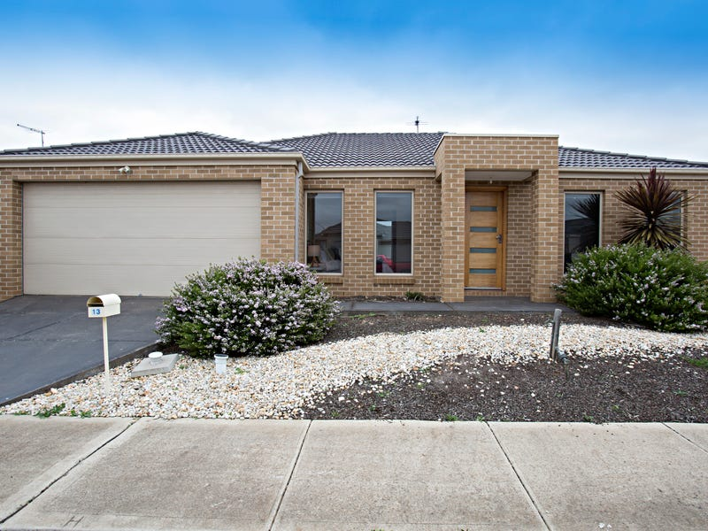 13 Finlay Ave, Harkness, Vic 3337