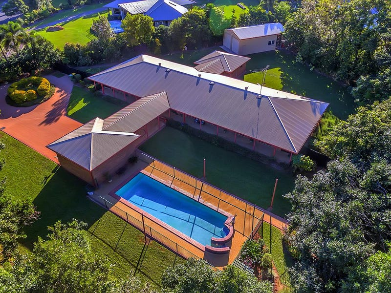 10-12 Crystal Close, Redlynch, Qld 4870