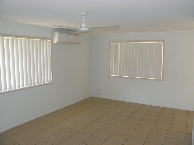 21 Egret Lane, Moore Park Beach, Qld 4670