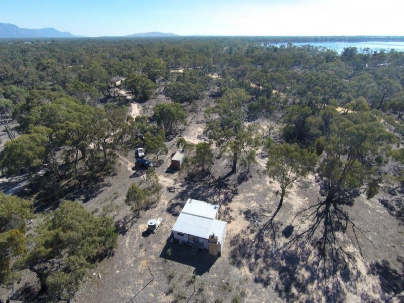 273 Kellys Beach Road, Lake Fyans, Vic 3381
