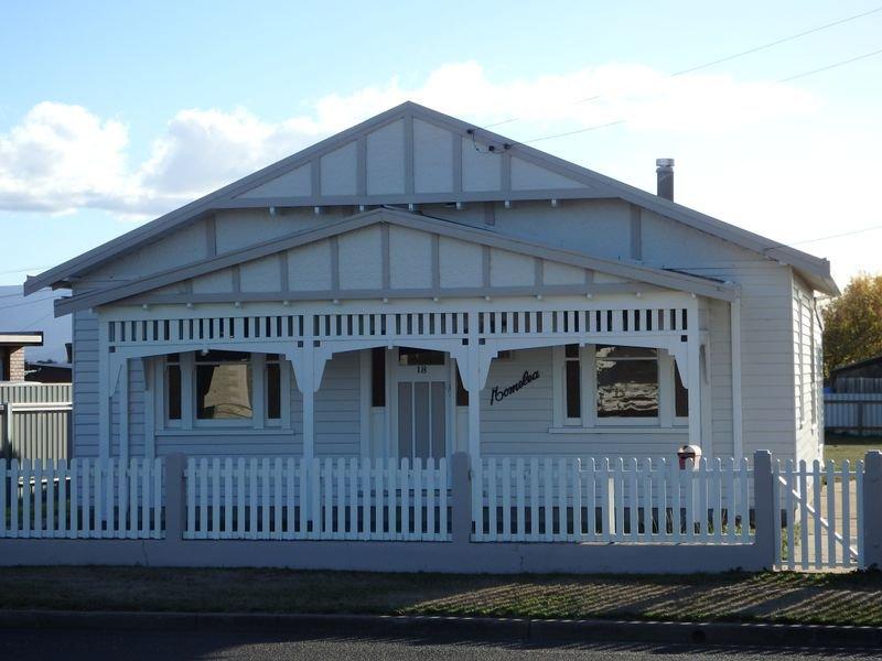 18 Charles Street, Cressy, Tas 7302
