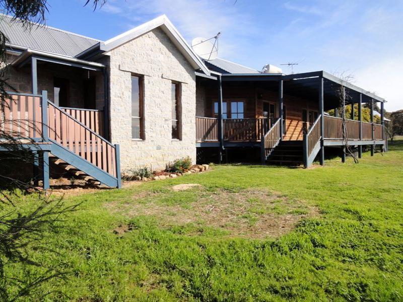 1063 Wangaratta Road, Boweya, Vic 3675