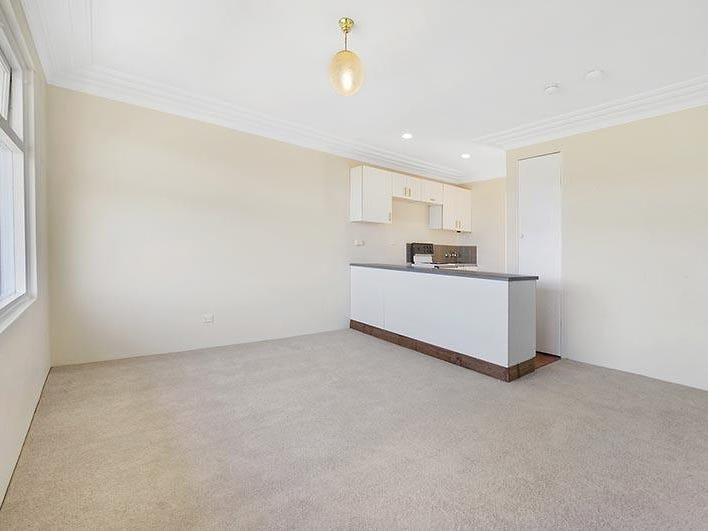 8/79 Smith Avenue, Allambie Heights, NSW 2100
