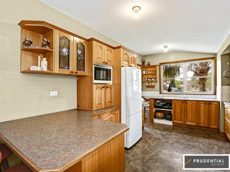 41 Bainbridge Avenue, Ingleburn, NSW 2565