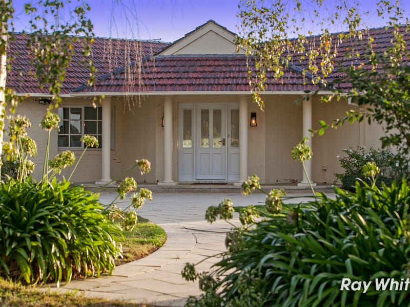 3 Ballochmyle Lane, Langwarrin South, Vic 3911