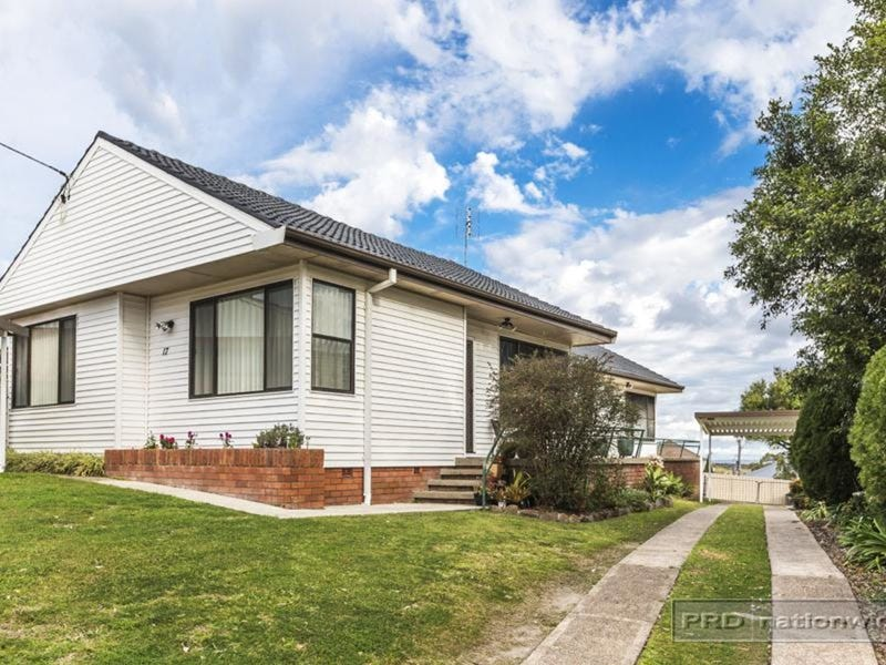 17 Kanundra Street, Belmont North, NSW 2280