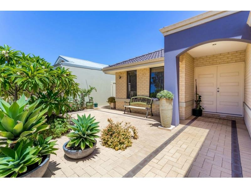 30 Conference Green, Madeley, WA 6065