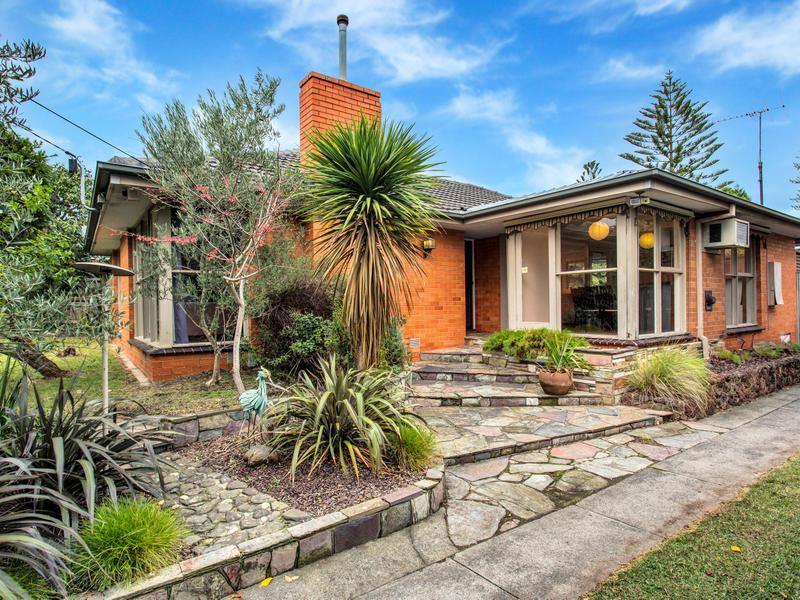 34 Husband Road, Forest Hill