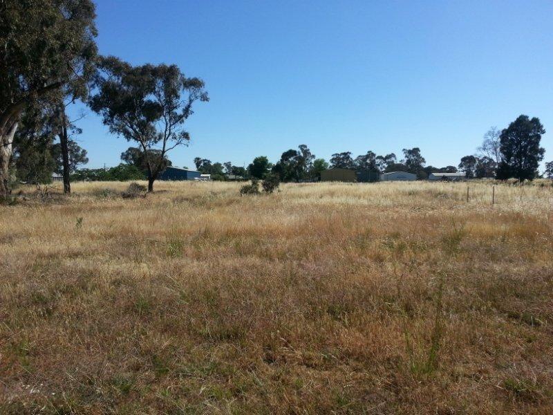 13-15 Tongs St, Finley, NSW 2713