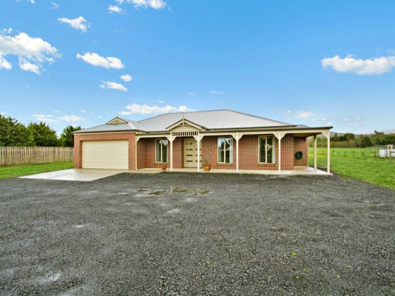 13 Whittakers Lane, Riddells Creek, Vic 3431