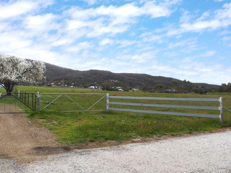 107 Warby Range Road, Glenrowan, Vic 3675