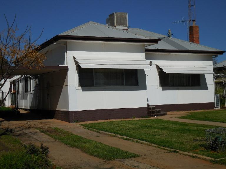 81 Kookora Street, Griffith, NSW 2680