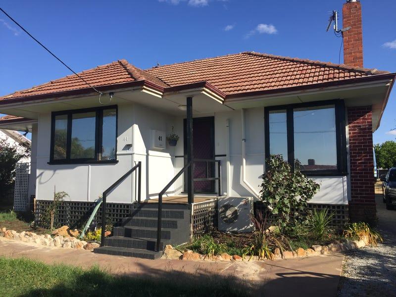 41 Goldfields Rd, Dowerin, WA 6461