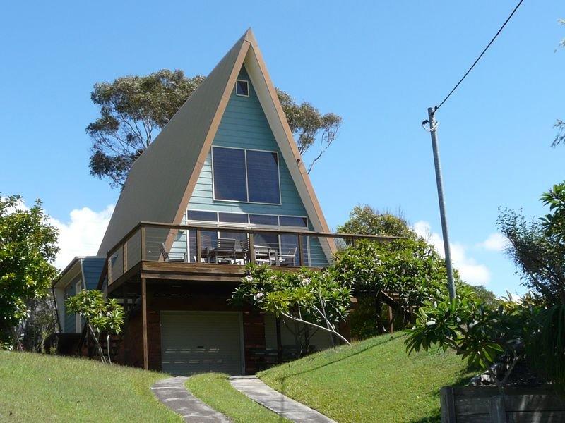 21 Surfview Avenue, Black Head, NSW 2430