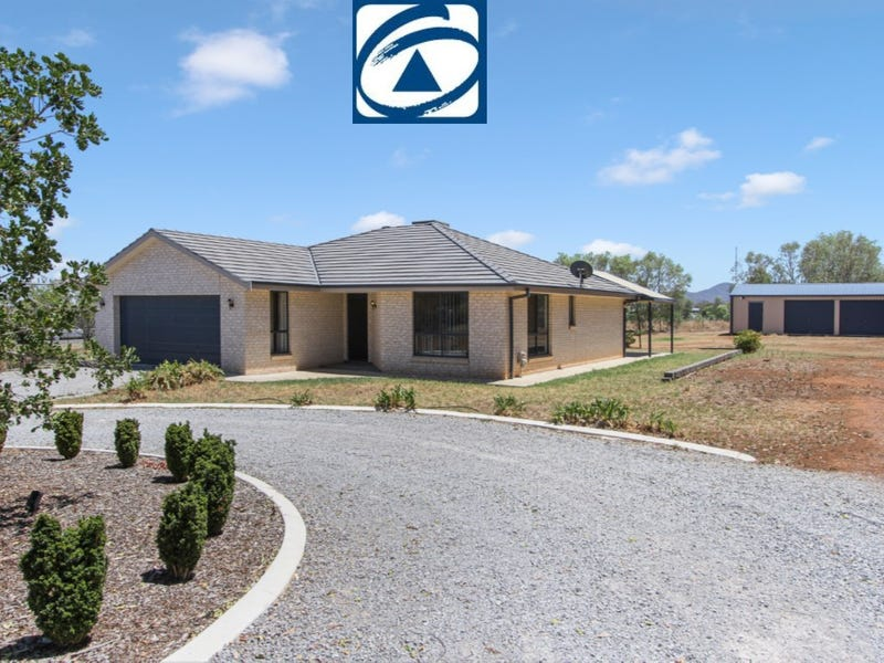 30 BARRINGTON DRIVE, Moore Creek, NSW 2340