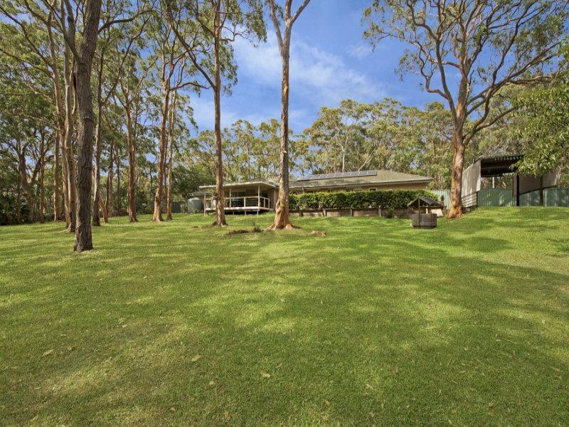 155 Elizabeth Bay Drive, Lake Munmorah, NSW 2259