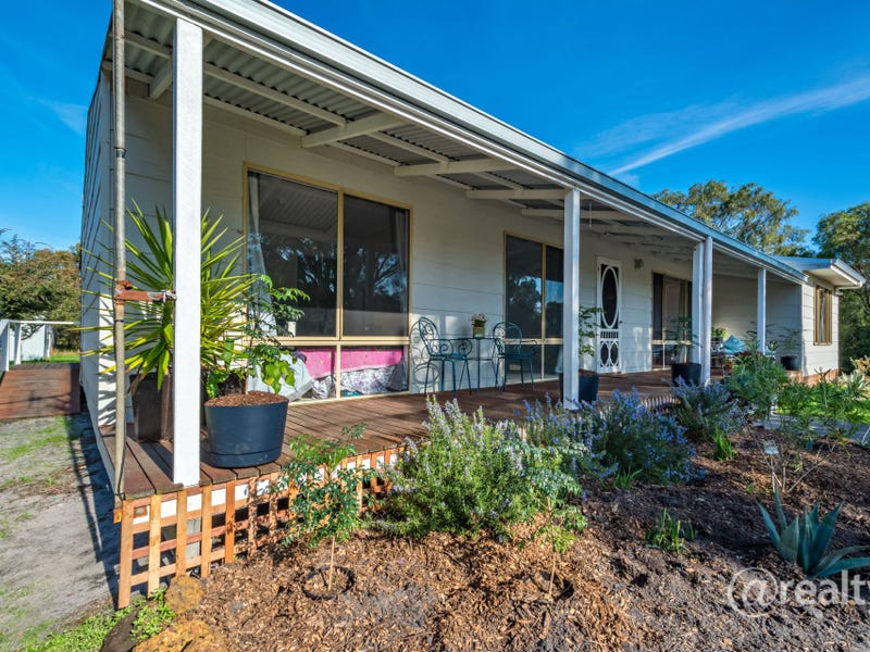 51269 South Coast Highway, Youngs Siding, WA 6330