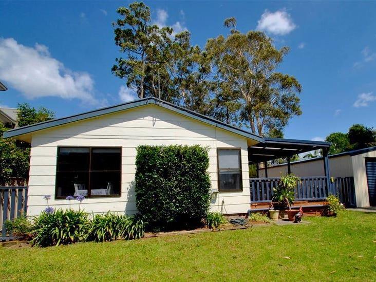 8 Cook Street, Callala Bay, NSW 2540