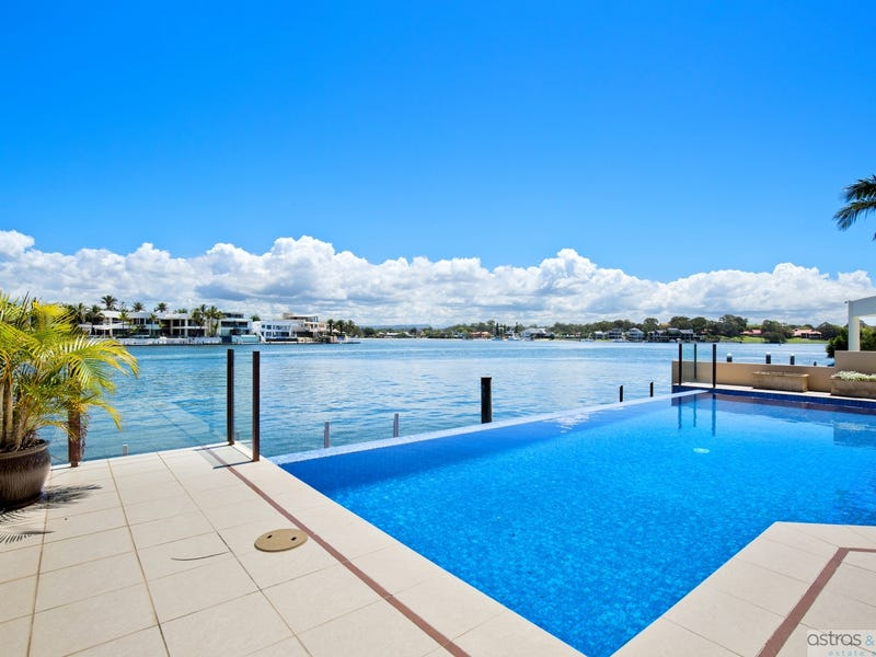 74 Admiralty Drive, Surfers Paradise