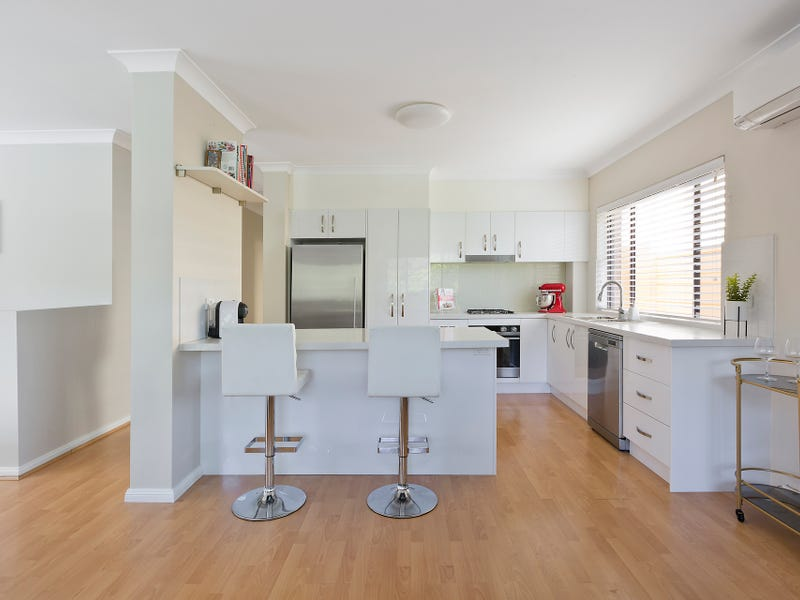 2/58b Consul Road North Road, Narraweena, NSW 2099