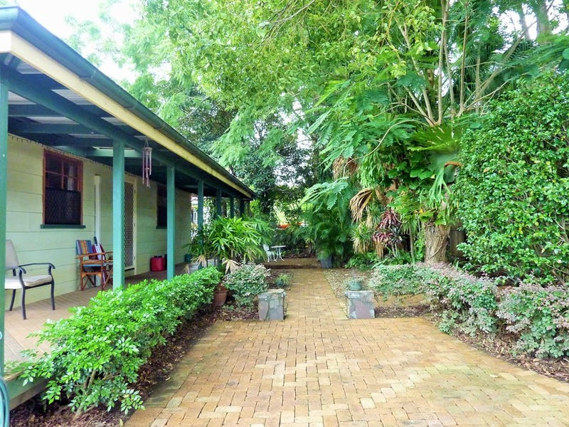 67 Coonowrin Road, Glass House Mountains, Qld 4518