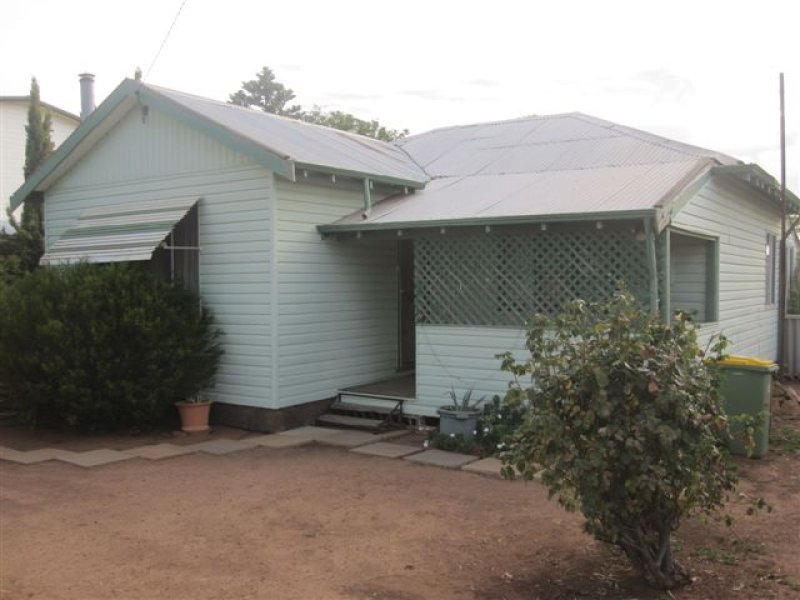 41 Currall Street, Narembeen, WA 6369