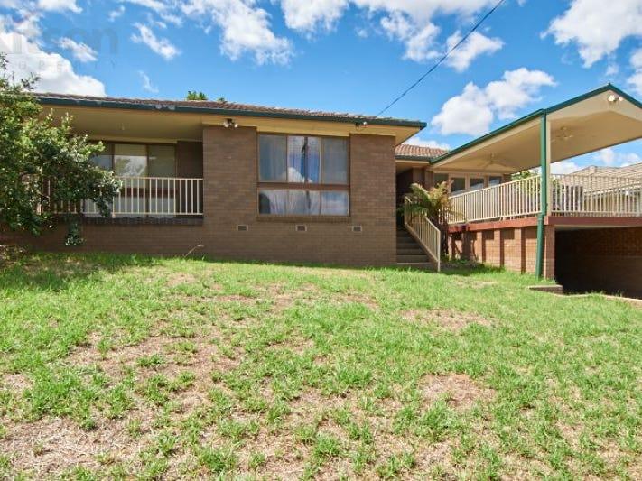 69 Red Hill Road, Kooringal, NSW 2650