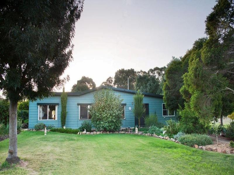 60 SYMES ROAD, Muckleford South, Vic 3462
