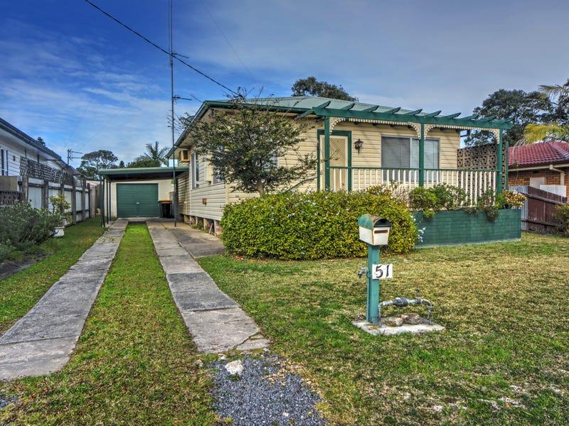 51 Deakin  Street, Oak Flats, NSW 2529