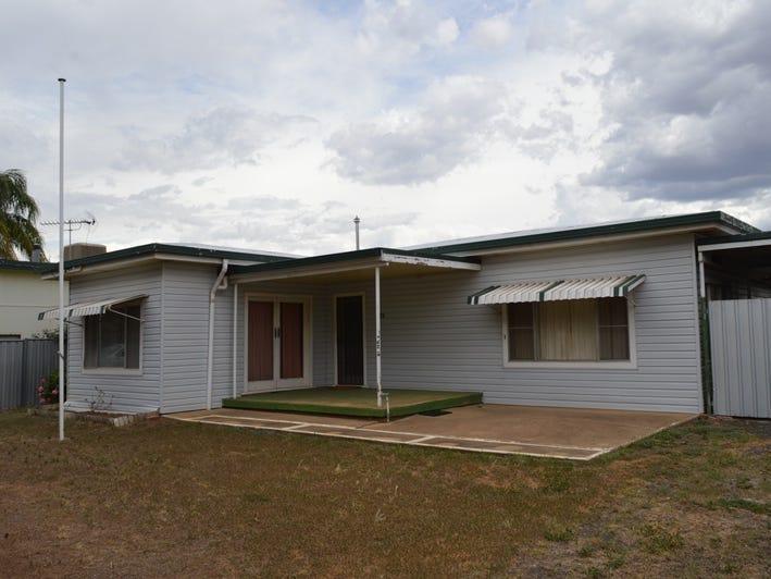 13 Bobs Street, Gilgandra, NSW 2827