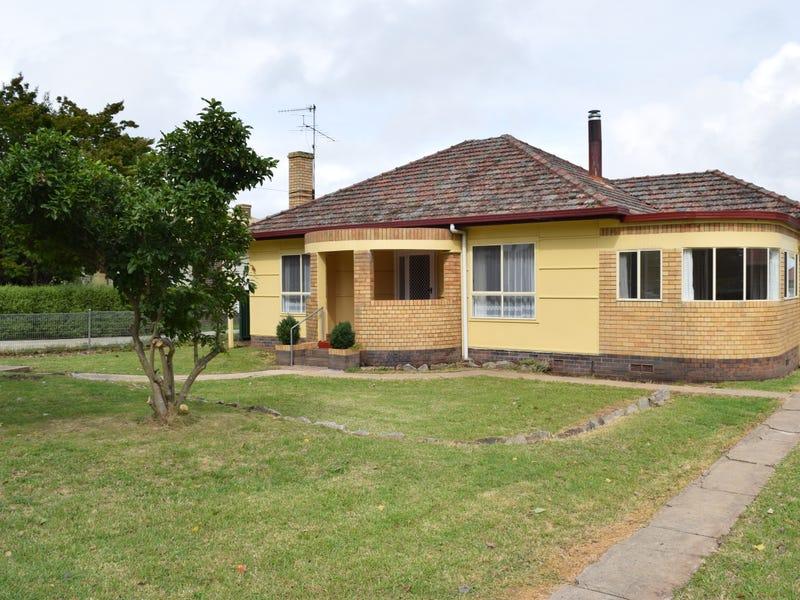 80 Llangothlin Street, Guyra, NSW 2365