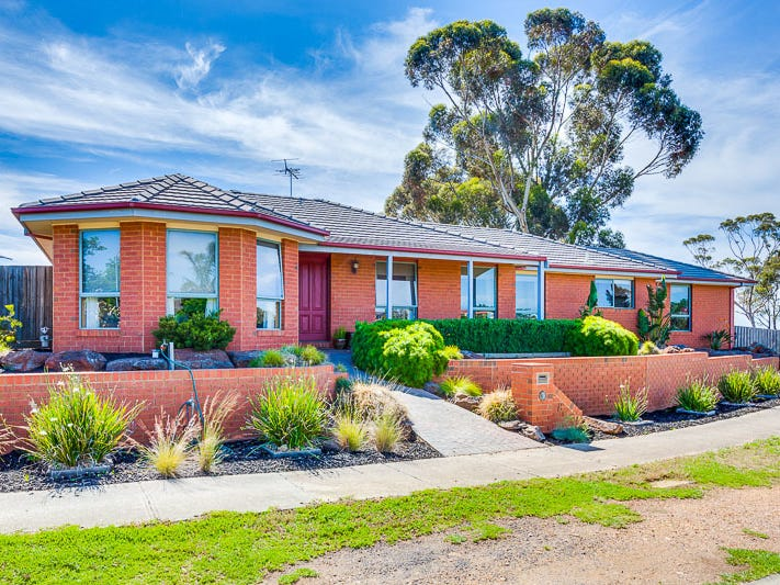 8 Hamilton Court, Bacchus Marsh, Vic 3340