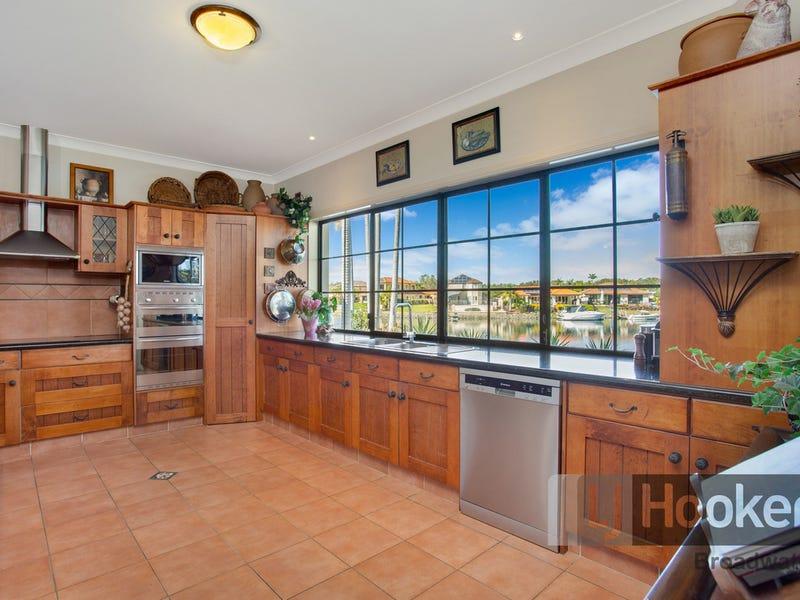 13 Glenwater Crescent, Monterey Keys, Qld 4212