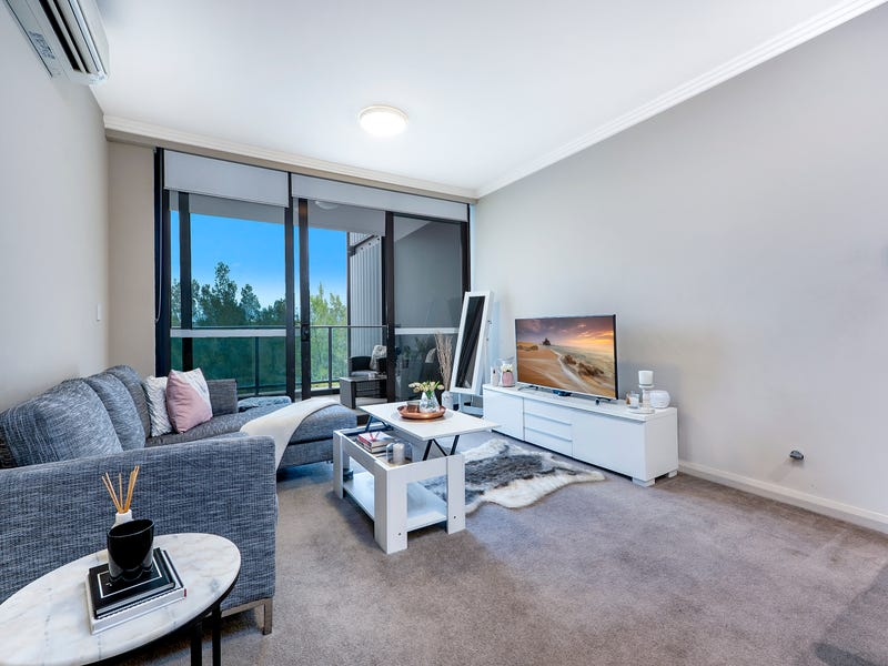 501/2 Footbridge Boulevarde, Wentworth Point, NSW 2127