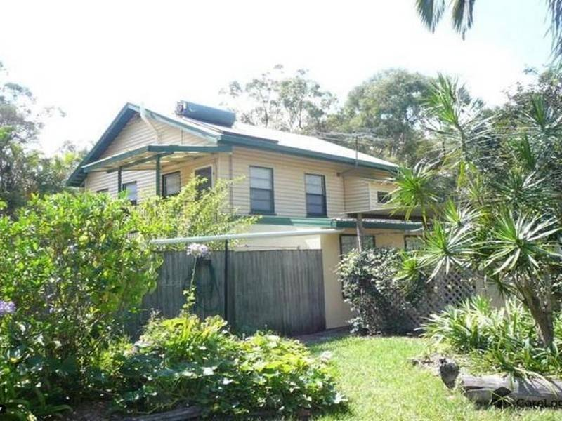 93-95 High Central Road, Macleay Island