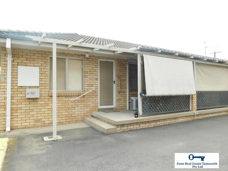 1/4  ANNE STREET, South Tamworth, NSW 2340