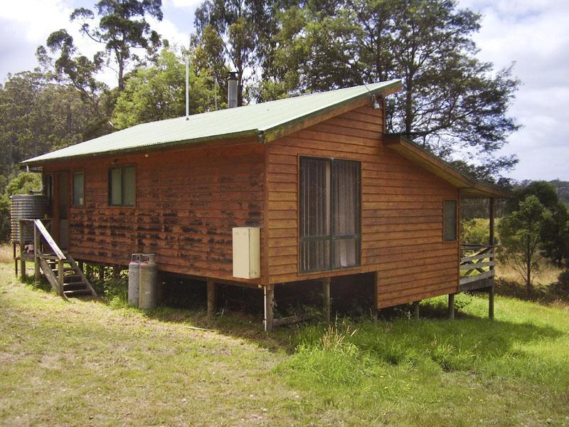 10 McClyments Road, Raminea, Tas 7109