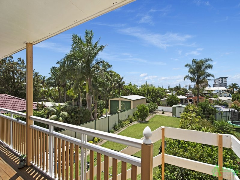 352 Scarborough Road, Scarborough, Qld 4020