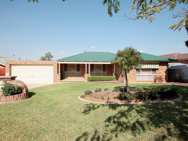 30 Lamilla Street, Glenfield Park, NSW 2650