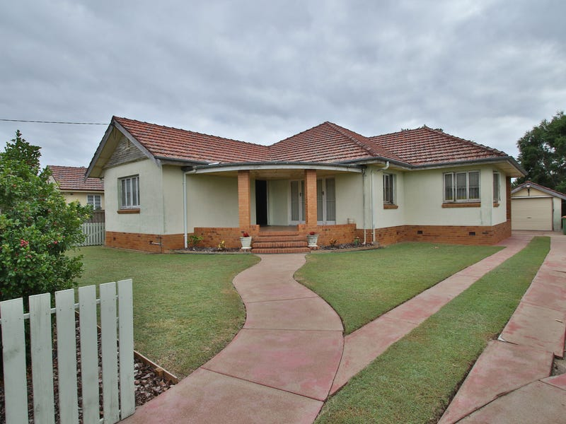 86 Brisbane Road, East Ipswich, Qld 4305