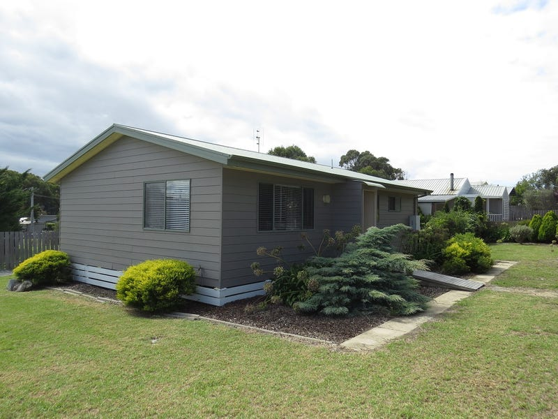457 Lake Tyers Beach Road, Lake Tyers Beach, Vic 3909