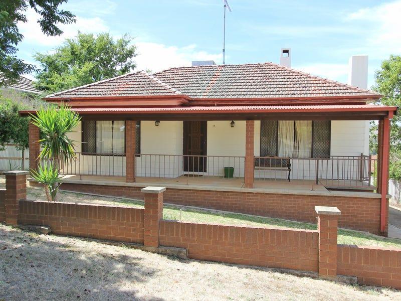 17 Virgil Street, Gundagai, NSW 2722